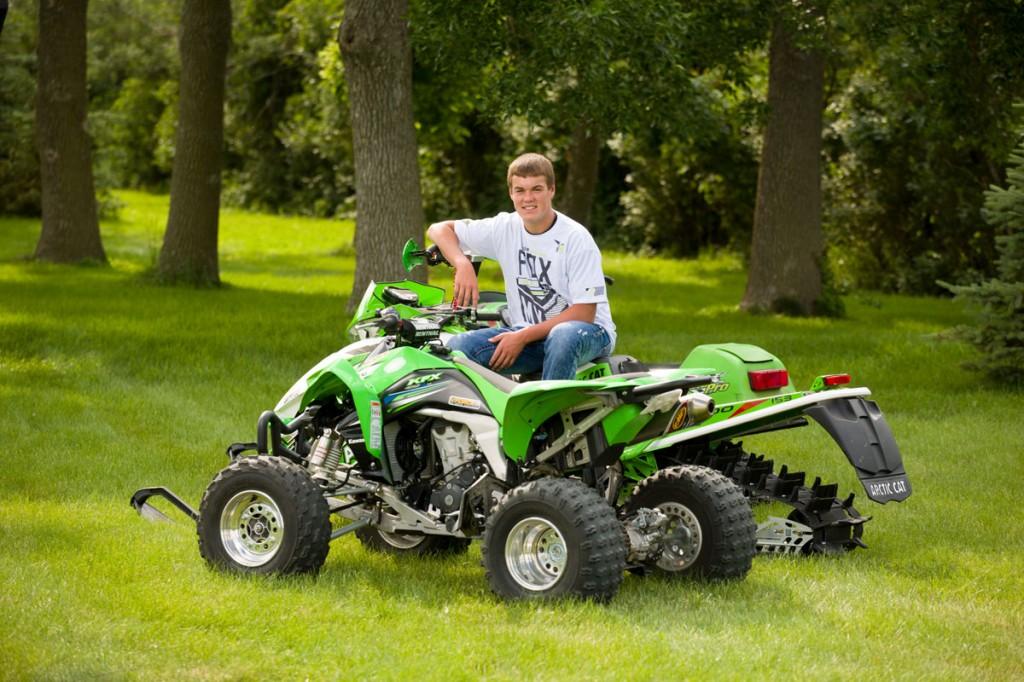 Senior Picture Ideas for Guys - Snowmobiles and four wheeler